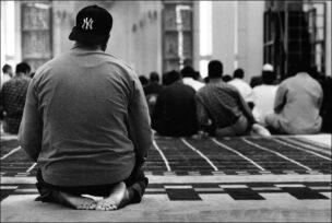 001 ISLAM IN NEW YORK